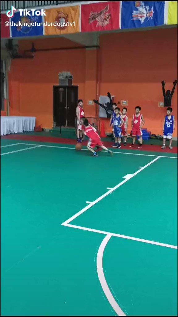 Que buen manejo de balón 😍👏🏽👌🏽🏀