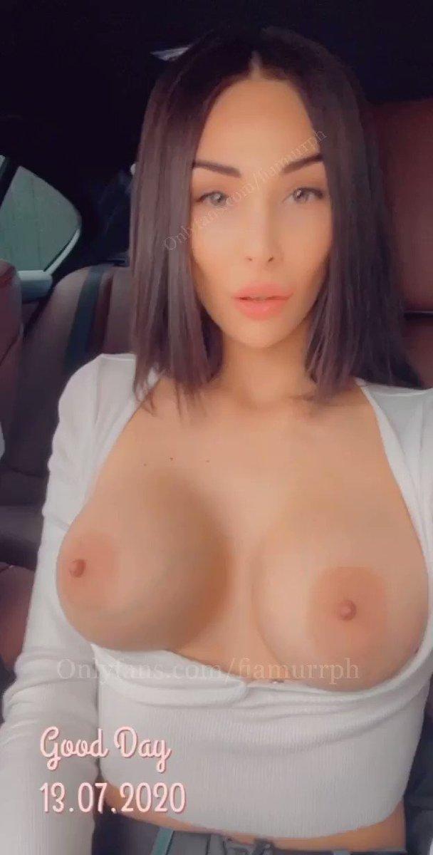 wanna take my big boobs and enjoy mom's milk?🍼🍼🍼😈😈😈💦💦💦