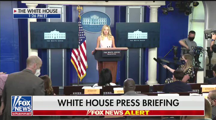 """.@PressSec opens the press briefing by honoring Officers Edelmiro Garza Jr. and Ismael Chavez Jr. who were killed in the line of duty in McAllen, Texas over the weekend.  """"This president will always stand on the side of law enforcement and the heroes who protect and serve."""""""