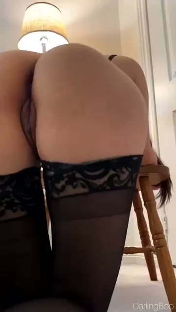 POV of you behind me as I suck some other guy off ;) How does it look back there?