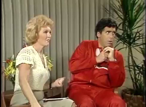 Cannot get over these interviews from Nebraskan television. Here's Elliott Gould having a....great time.