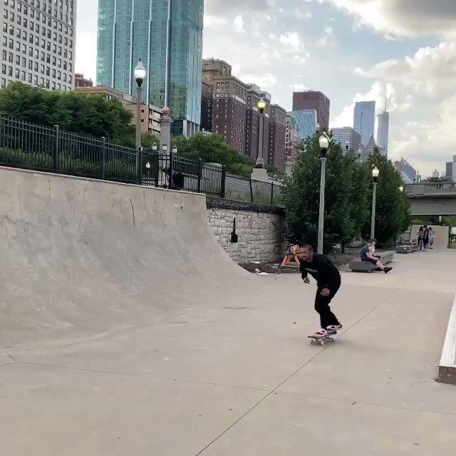 #skateboard thrashermag: 🔋steezortiz