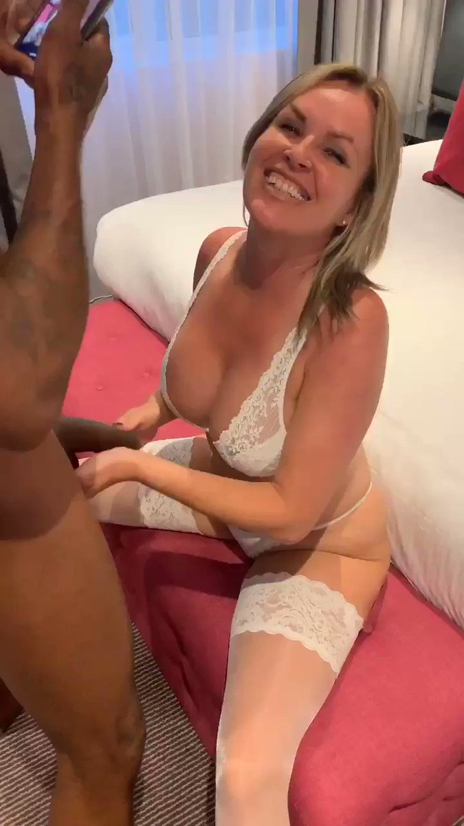 I love taking cock for my hubby  I took a creampie for him, I'm such a good girl.