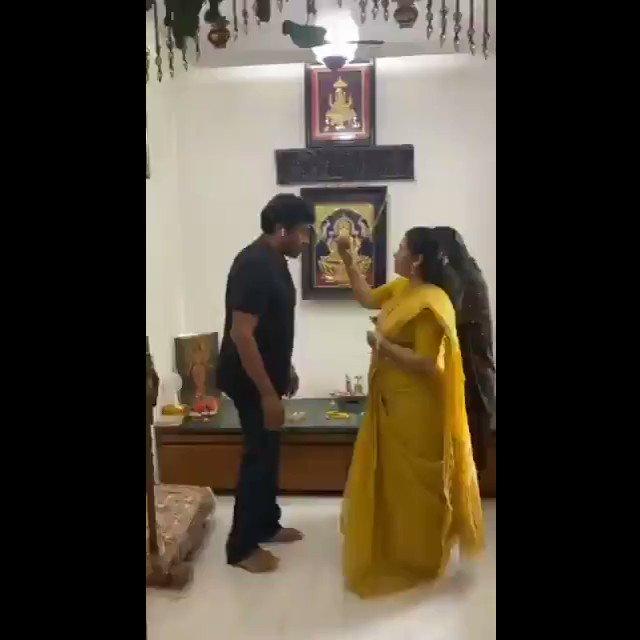 #MegastarChiranjeevi celebrated #Rakshabandhan with his sisters at home, and has wished all the women of the Telugu states a #HappyRakshaBandhan  #RakshaBandhan2020 #Chiranjeevi @KChiruTweets @IamSaiDharamTej