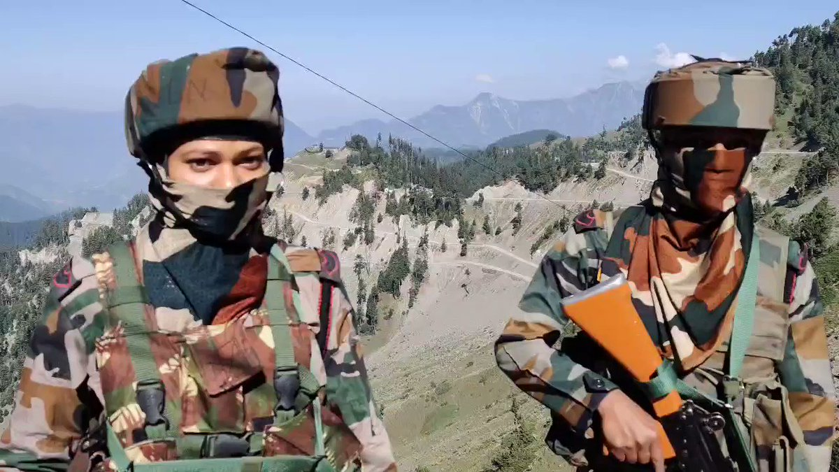 Incredible! Indian Army Riflewomen deployed for the first time along Line of Control between India and Pakistan in Jammu & Kashmir. Proud to share this on Rakshabandhan! Here are the brave women soldiers protecting us all! Respect!