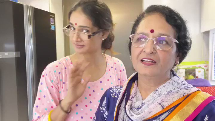 Mumma is wishing everyone a very #HappyRakshaBandhan  🎉👩👧Stay awesome and blessed y'al, watch the full madness with your family on the Bio and stories! #SpreadJoyOverGerms #MuktiManch 🍀