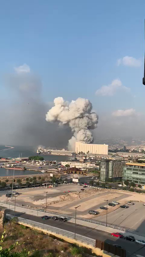 Footage of the massive explosion at #Beirut port a short while ago. It's truly frightening. #Lebanon