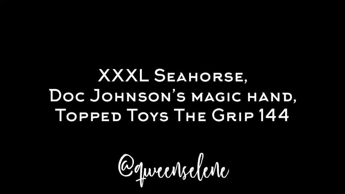I just posted a video with some of my current favorite toys on  I am super into my xxxl Seahorse by @hankeystoys the grip 144 by @toppedtoys and my lovely fist by @TheOriginalDoc