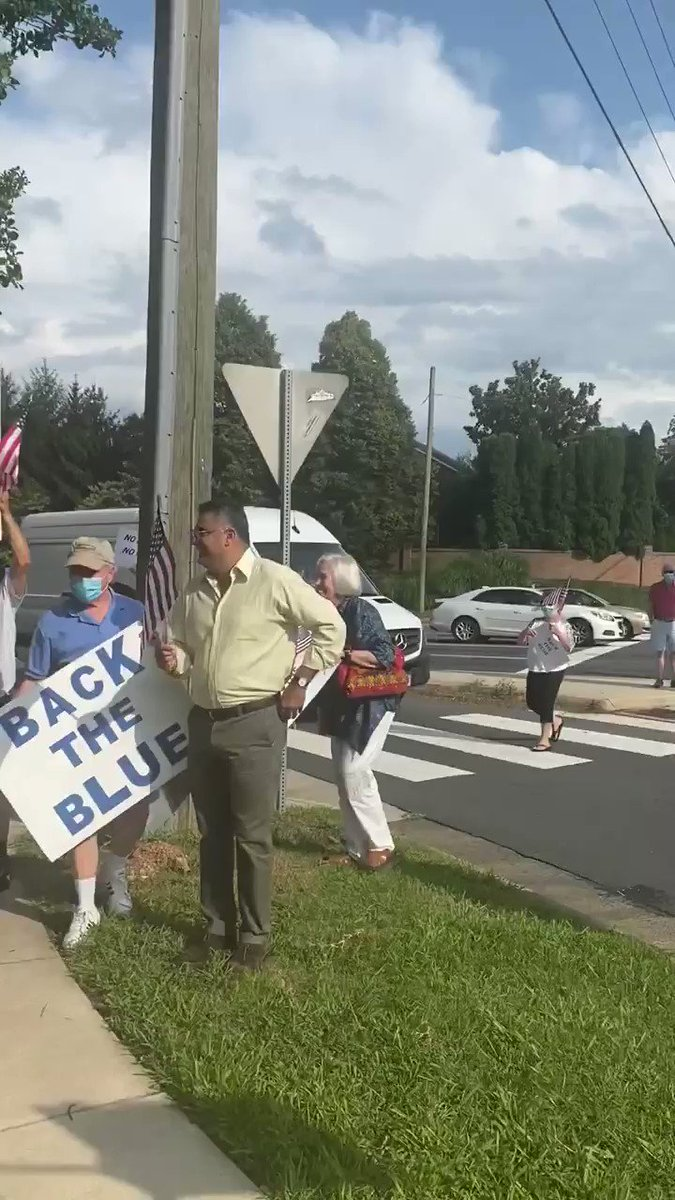 "That time you're driving in Virginia and the Attorney General spots a group of people in front of a police precinct showing their support for the police.   AG to FBI Detail: ""Can we make a quick U-Turn? I want to jump out and thank those people.""   Watch! #SoundOn 🇺🇸🇺🇸🇺🇸"
