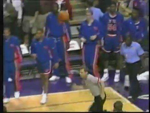 Fight in Phoenix! (1993) Knicks vs Suns