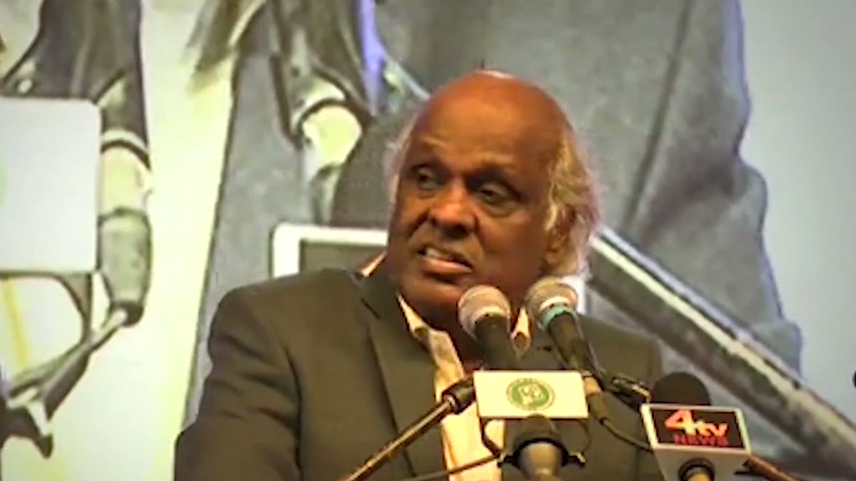 Speechless to hear the news of @rahatindori's passing away. This is a personal loss. May Allah grant him maghfirah & illuminate his grave  This clip is from January 25-26 this year when #RahatIndori sahab had visited us in Hyderabad for an Ehtejaji Mushaira against CAA NRC & NPR