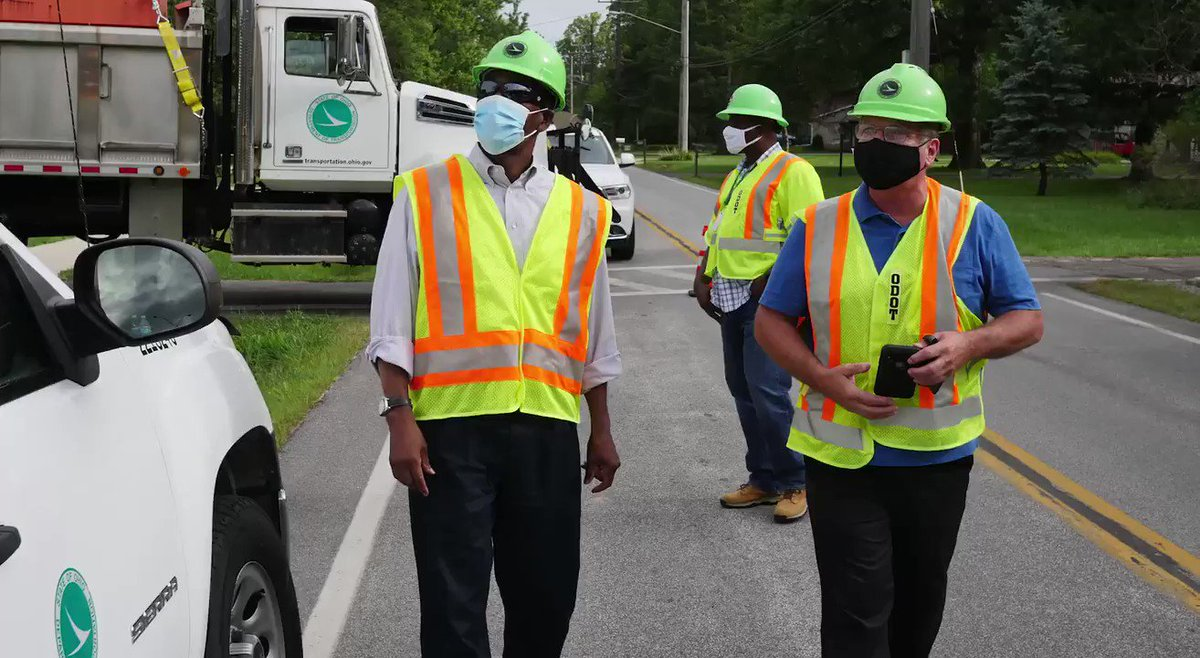It was great to have ODOT Director Jack Marchbanks in District 12 yesterday! He was able to get out to our job site on I-480 & MacKenzie Rd., where we've been doing a variety of things including bridge cleaning, tree trimming, fence repair, and a massive ditching job. #ODOTworks