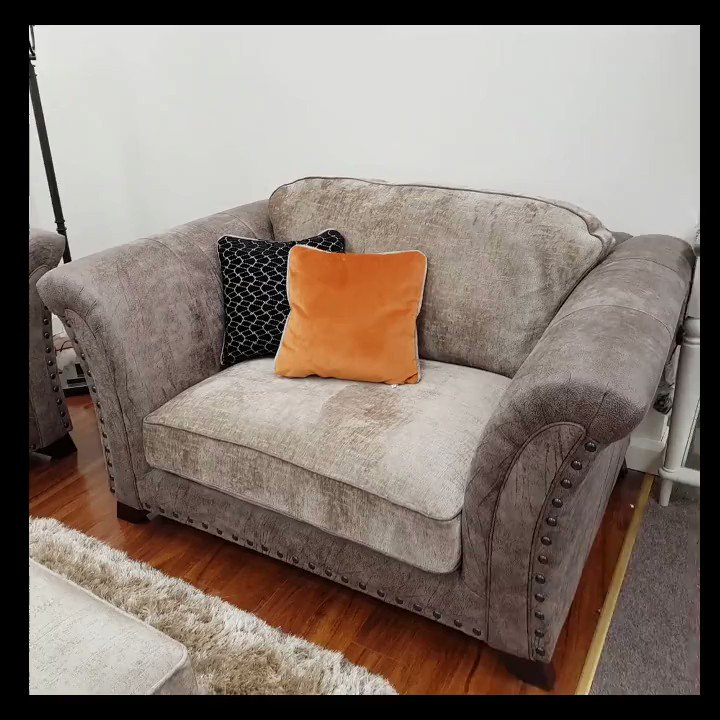 4 Seater + 2 Seater + Love Seat + Throne Chair... https://t.co/vlTH1fRJCE
