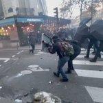 RT @AlertaNews24: 🇫🇷 | URGENTE: Centro de París: https://t.co/JG2ADPGVy8