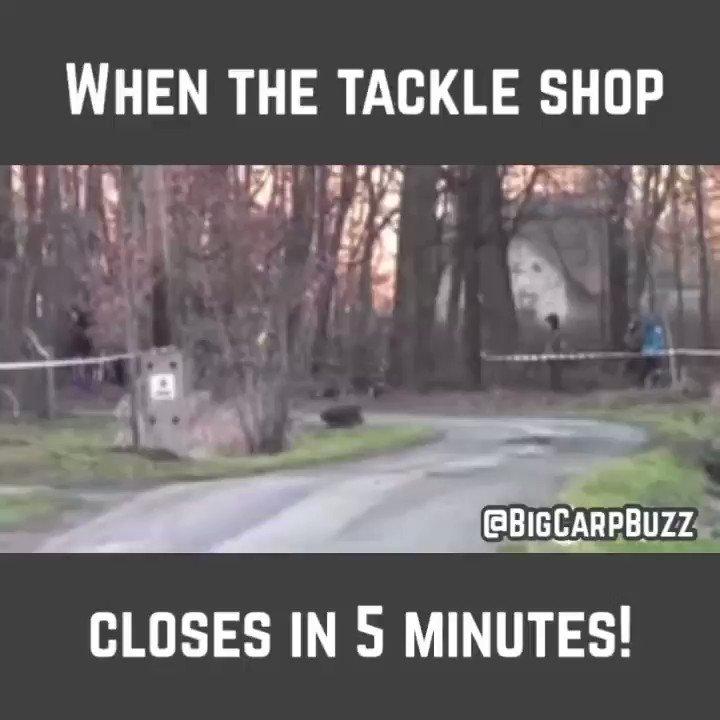 When the tackle shop closes in 5 minutes……. @BigCarpBuzz  #Carp #CarpFishing #Fishing https://t.