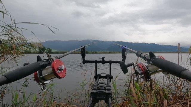 Wヒット‼️ #鯉釣り #carpfishing #<b>Gopro</b>のある生活   そして釣れたのは‼�