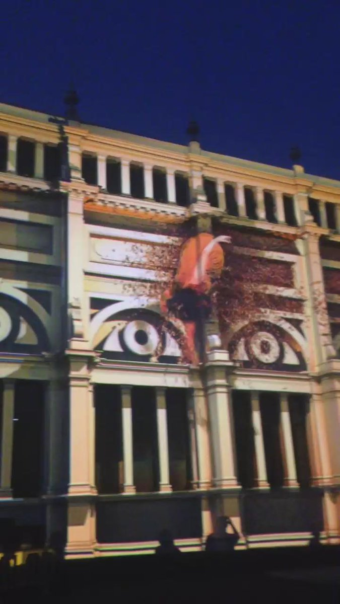 Carlton's #ExhibitionBuilding as you've never seen her before @whitenightmelb @Melbourne http://t.co/vojrulE6Jq