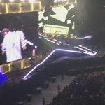 27/Febrero || OTRA Tour: Niall y Harry comenzaron a jugar y bromear entre ellos mientras hablaban en japonés. #NN http://t.co/AVjI3ryvJS