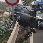 CIERRE momentáneo de carretera Las Perreras por intervención en #accidente citado. ATENCIÓN a indicaciones de agentes http://t.co/vKNDL9NVQv