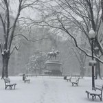 Let it #snow! Walk through Franklin Square #NW #DC @capitalweather http://t.co/72RRG12Hxt