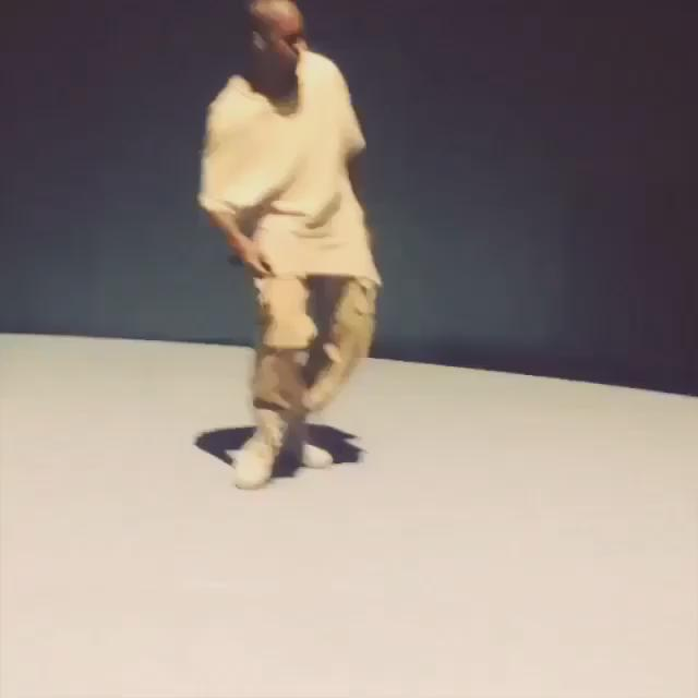 Kanye dancing to N'sync is honestly all I've ever needed in life and more. I've been laughing for the past 10 minutes http://t.co/xR2HvOhLzE