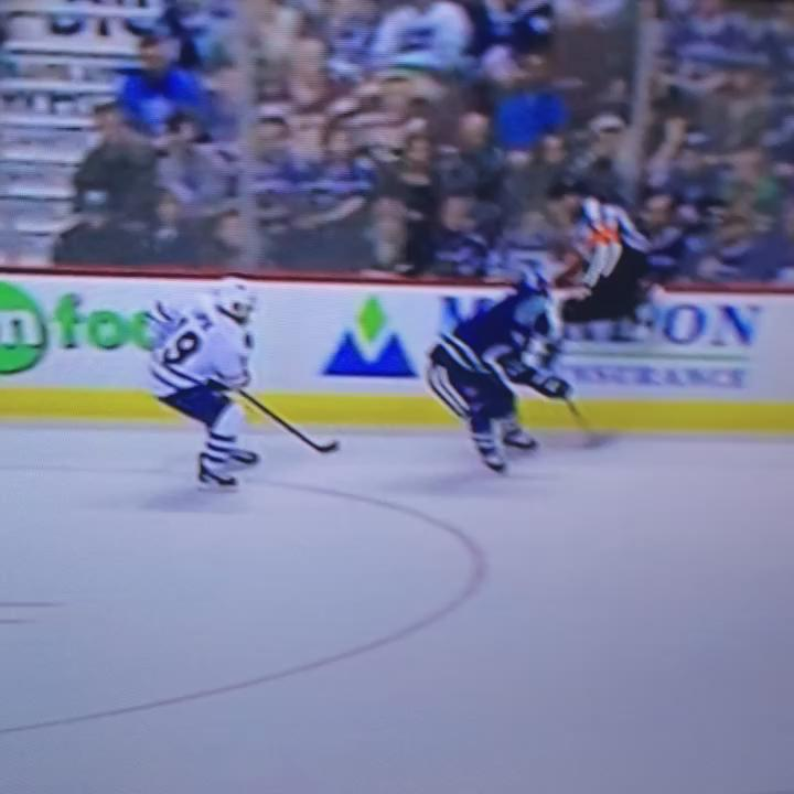 Here come the Leafs http://t.co/oPTx4z9ykM