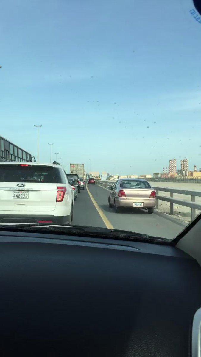 اهم شي انت توصل طال عمرك اما باقي الناس الي صافين كلهم مب مهمين #البحرين #اعد_النظر http://t.co/WxLJk39RNW