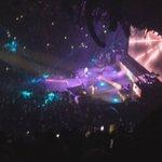 "VÍDEO: Justin e Ariana cantando na ""The Honeymoon Tour"", em Miami - 28/03: http://t.co/v0yTGY6AWN || http://t.co/nVOtkSQ36f"