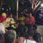 @NicolasMaduro toca el cuatro para q escuchemos un pajarillo en la voz d Escalona #VenezuelaEsEsperanza http://t.co/F7fzVIdiQH