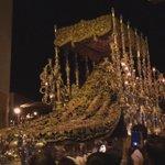 Impresionante la subida de la Virgen del Gran Perdón por c/ Carrión de un tirón y sin perder el paso #CofradiasMLG http://t.co/65eGeHBUDS