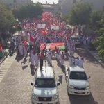 قبل قليل تحركت مسيرة قابوس أن الفخر في #جامعة_السلطان_قابوس #طلبة_جامعتك_يرحبون_بعودتك #أبشري_قابوس_جاء http://t.co/IhCqFOcmjZ