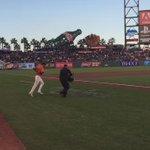 DEM BOYZ in orange take the field. #OrangeFriday #SFGiants http://t.co/LWtPYKkpdY