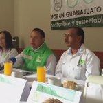 Guanajuato capital.- @edgarcastro37 y @verdegtocapital en presentación de Proyecto Verde para Guanajuato: http://t.co/Eod40D30H9
