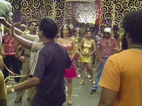 Dancing with Simbu in Osthe was great fun:) #kalasala , now it releases in Telgu:) http://t.co/P4Nx10BbUk