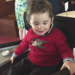 He sat so still and enjoyed it so much, having his face painted! What a champ!!! #JRhilton http://t.co/HxLBJWeVqs