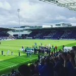 Nice touch from @ChesterfieldFC. A guard of honour for the champions. #BristolCity http://t.co/Sk4Zx1LZzS