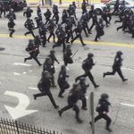 Police have just started chasing protestors. #FreddieGray http://t.co/KVVDLVP1OH