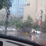 Traffic on Kennedy as storm moves over #Tampa #wtsp #10Weather http://t.co/1zB912egBK