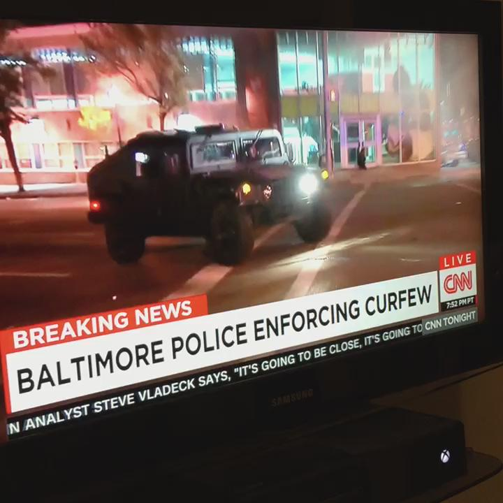 """@kerethp: That was a slick way to keep the peace. #BaltimoreUprising #CNN http://t.co/S0YlbVw7Mu"" wow."