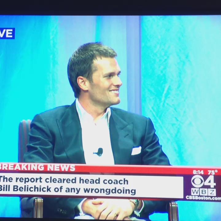 """Gray: """"Has this detracted from your joy of winning the #super bowl?"""" #TomBrady: """"absolutely not."""" http://t.co/8cPfuxaOq5"""