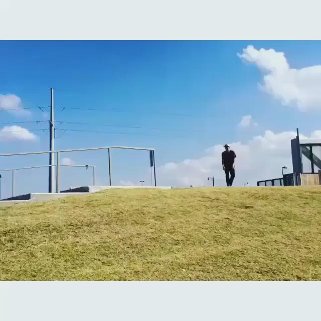 Kyle Walkerの50-50 #VansPropeller #VolcomSkate #VolcomJapan http://t.co/jctWEfkvMA