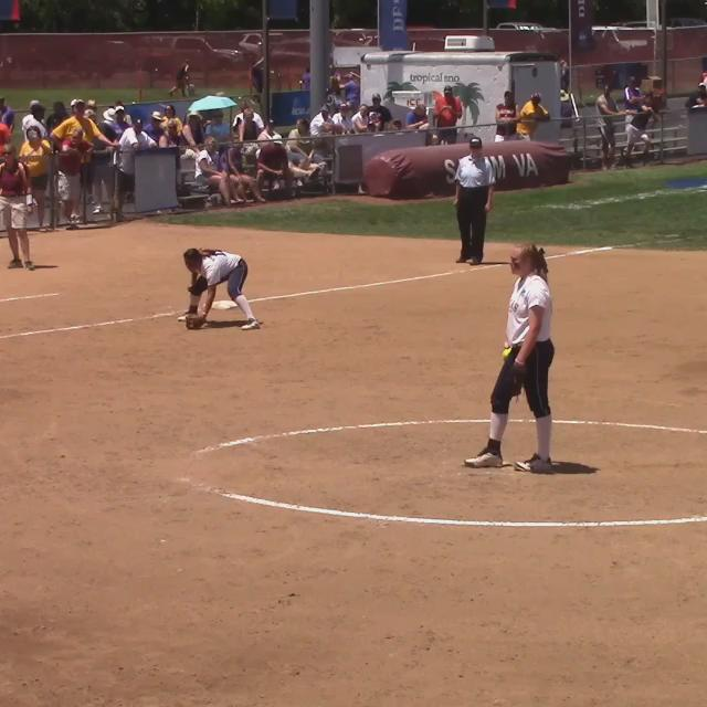 """Here it is. """"The Catch"""". Thanks to @suseagulls ! @chartnett5 @ASC_sports @NFCAorg @sctop10 #TalonsUp http://t.co/R7Sxdg5OCG"""