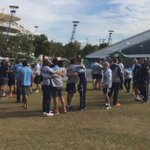 And its a big Blues love circle #Origin @NSWRL v @QLDmaroons http://t.co/0TaigfowYD