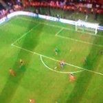 El campeón se esta quedando con la copa! Bacca Bacca! Dnipro 2 - Sevilla 3. http://t.co/bTfPnJ3EH6