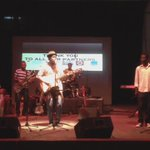 Chale @kyekyekofisa no get size! He be more!!! #AfricanSoul #AmbolleyConcert http://t.co/hdWZZ7tHZk