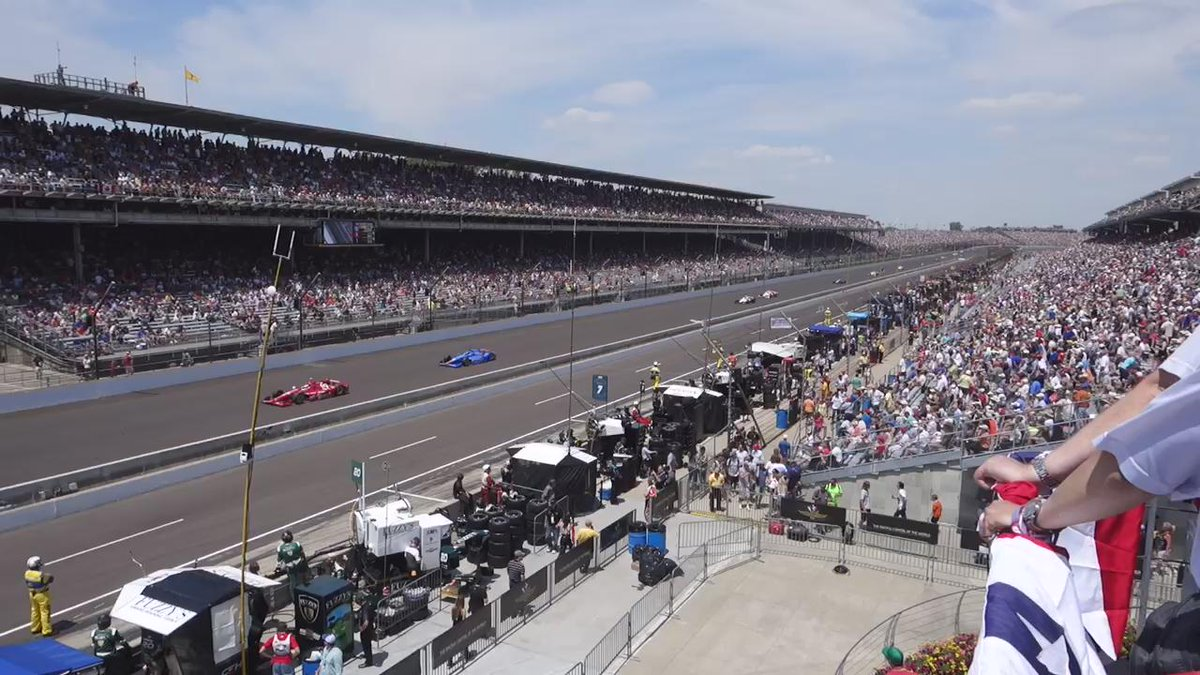 A week ago today: This is what 230 mph looks like. @IMS @IndyCar #Indy500 #Indianapolis500 @SNCmusic @jdouglas4 http://t.co/fpVffAqj34