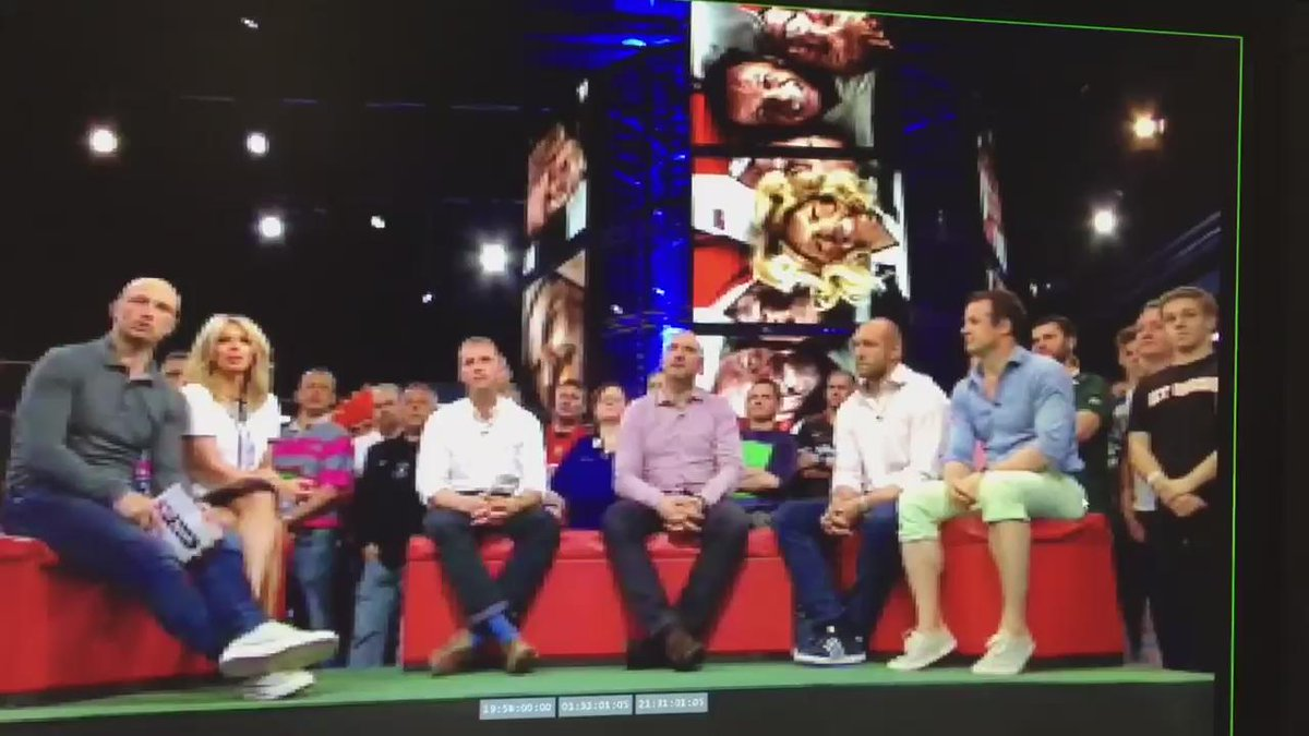Still giggling uncontrollably over this @IamAustinHealey @RugbyTonight http://t.co/5mijkb9VYU