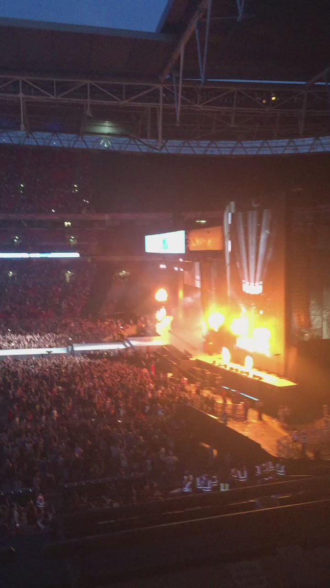 yes @Avicii going hard at #CapitalSTB! http://t.co/zcF8QsFkwQ
