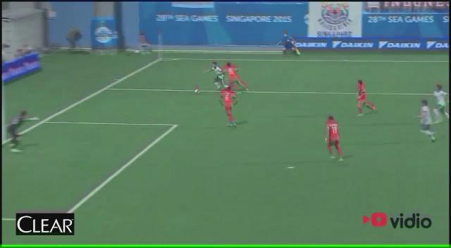 Indonesia unggul melawan Singapura berkat gol cantik Evan Dimas! #AyoIndonesiaBisa http://t.co/03a4pDlhKi