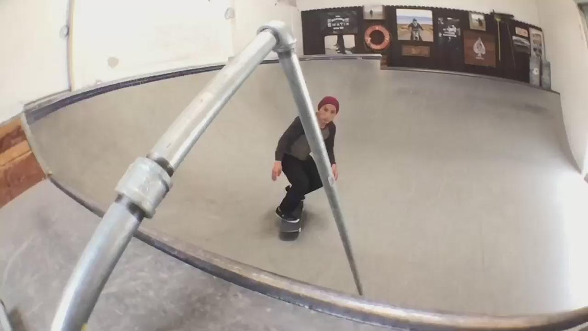 There is no stopping @daewon1song. #ALLINGOODFUN #DVSdaewon14 http://t.co/xet6E7hyl6